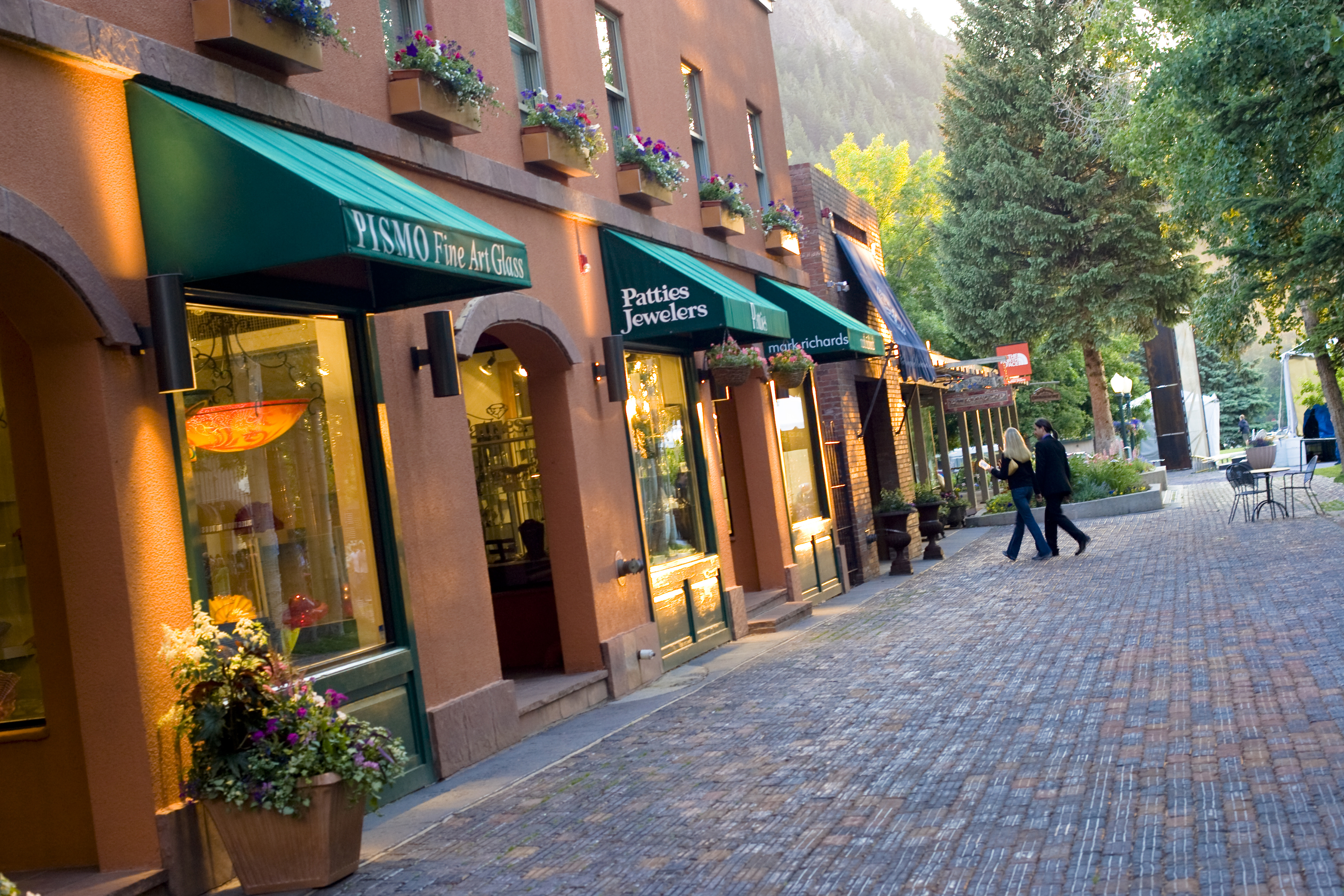 Speciality Shops In Downtown Aspen Colorado Com