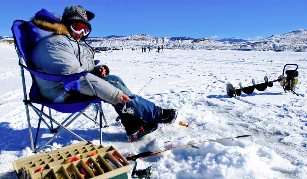 Places to ice fish in colorado for Lakes to fish near me